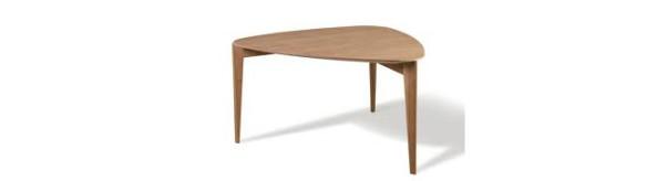 tavolo a tre gambe